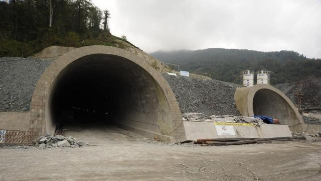 Туннели Икиздере